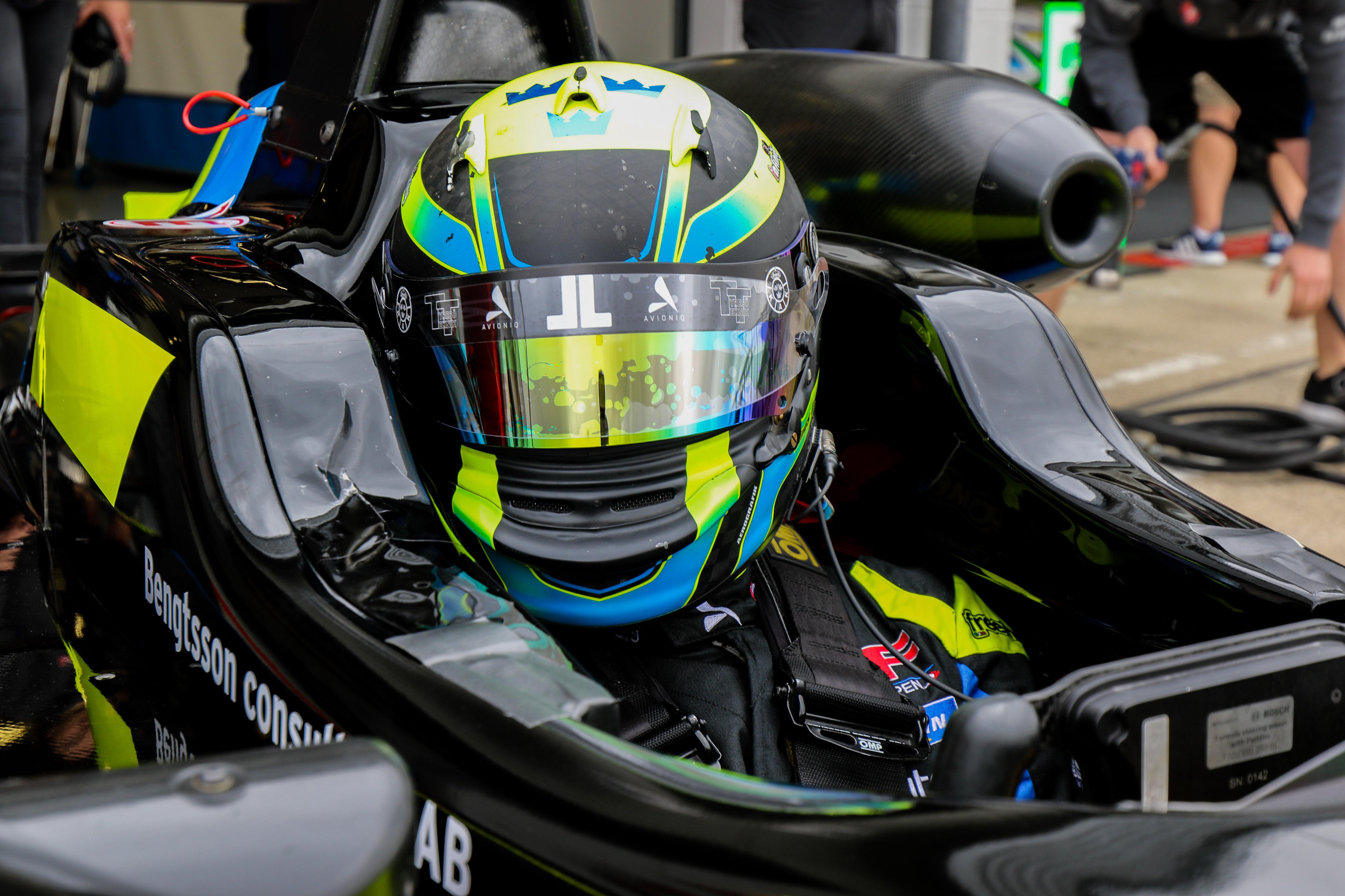 Silverstone-34